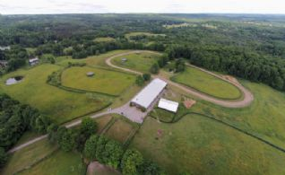 1/2 Mile Track - Country homes for sale and luxury real estate including horse farms and property in the Caledon and King City areas near Toronto