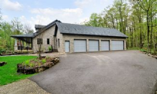 Garage - Country homes for sale and luxury real estate including horse farms and property in the Caledon and King City areas near Toronto