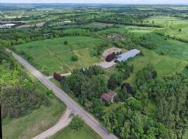Stone House Farm, Caledon - Country Homes for sale and Luxury Real Estate in Caledon and King City including Horse Farms and Property for sale near Toronto