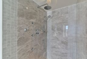 Master Multi-jet Shower - Country homes for sale and luxury real estate including horse farms and property in the Caledon and King City areas near Toronto