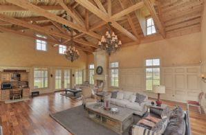 Great Room with Walk-out - Country homes for sale and luxury real estate including horse farms and property in the Caledon and King City areas near Toronto
