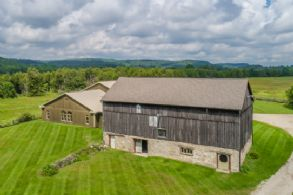 Barn, Lounge & Drive-in Workshop - Country homes for sale and luxury real estate including horse farms and property in the Caledon and King City areas near Toronto