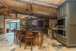 Viewing Lounge Kitchen - Country homes for sale and luxury real estate including horse farms and property in the Caledon and King City areas near Toronto