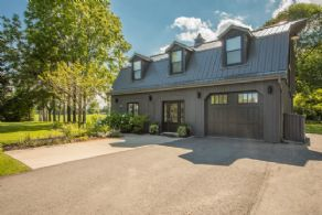 2-Bedroom Coach House - Country homes for sale and luxury real estate including horse farms and property in the Caledon and King City areas near Toronto