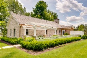 Stone House - Country homes for sale and luxury real estate including horse farms and property in the Caledon and King City areas near Toronto
