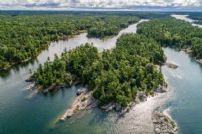 Private Island, Wah Wah Taysee, Georgian Bay, Georgian Bay, Ontario - Country homes for sale and luxury real estate including horse farms and property in the Caledon and King City areas near Toronto