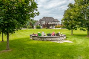 Fire Pit - Country homes for sale and luxury real estate including horse farms and property in the Caledon and King City areas near Toronto