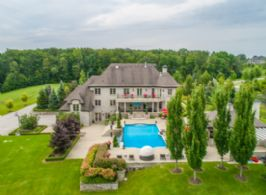 Aerial Picture - Country homes for sale and luxury real estate including horse farms and property in the Caledon and King City areas near Toronto