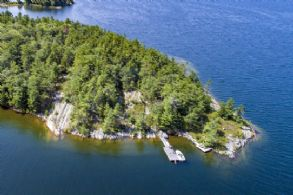 McLean Island, Carling, Georgian Bay, Ontario - Country homes for sale and luxury real estate including horse farms and property in the Caledon and King City areas near Toronto