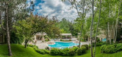 Pool Setting - Country homes for sale and luxury real estate including horse farms and property in the Caledon and King City areas near Toronto