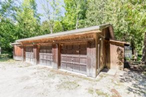 Garage + Workshop - Country homes for sale and luxury real estate including horse farms and property in the Caledon and King City areas near Toronto