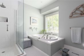 Master Ensuite with Heated Floors - Country homes for sale and luxury real estate including horse farms and property in the Caledon and King City areas near Toronto
