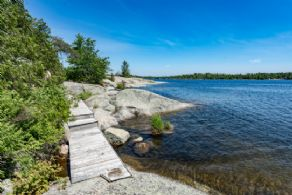 Go Home Bay, Georgian Bay, Ontario - Country homes for sale and luxury real estate including horse farms and property in the Caledon and King City areas near Toronto