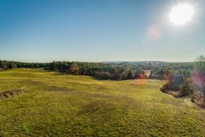 Views to the west - Country homes for sale and luxury real estate including horse farms and property in the Caledon and King City areas near Toronto