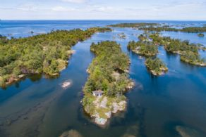 Dixon Island & Dixon Islet, Frederic Inlet, Parry Sound, Ontario - Country homes for sale and luxury real estate including horse farms and property in the Caledon and King City areas near Toronto