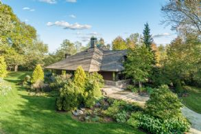 Hockley Lodge, Mono - Country Homes for sale and Luxury Real Estate in Caledon and King City including Horse Farms and Property for sale near Toronto