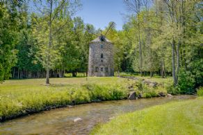 Windmill - Country homes for sale and luxury real estate including horse farms and property in the Caledon and King City areas near Toronto